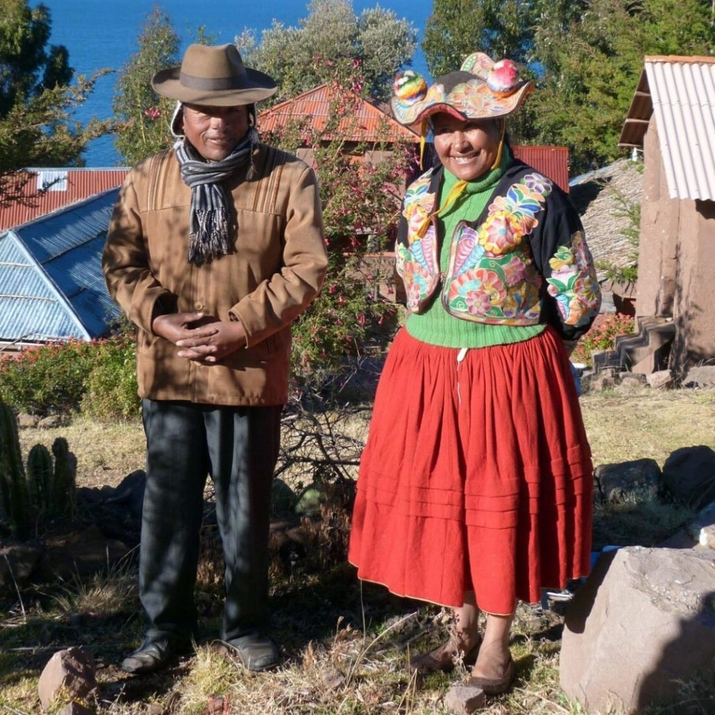 Habitants de Llachon, lac Titicaca